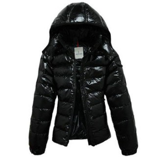 2016 Moncler Piumini Donna Nera Online Outlet