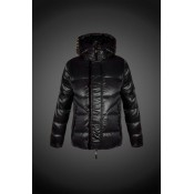 2017 Moncler Outlet Piumini Moncler Uomo Nero On Line