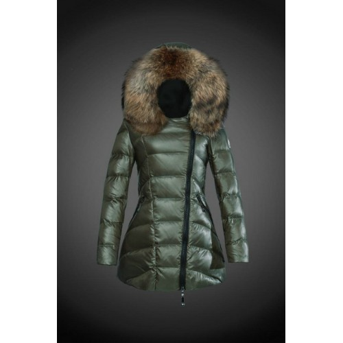 the latest f710f 311a0 2017 Outlet Piumini Moncler Donna Verde Militare Prezzo