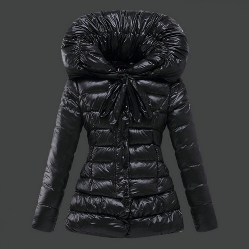timeless design f8c1c 55689 Piumini Moncler Nuovo Moncler Donna Nero Outlet Online